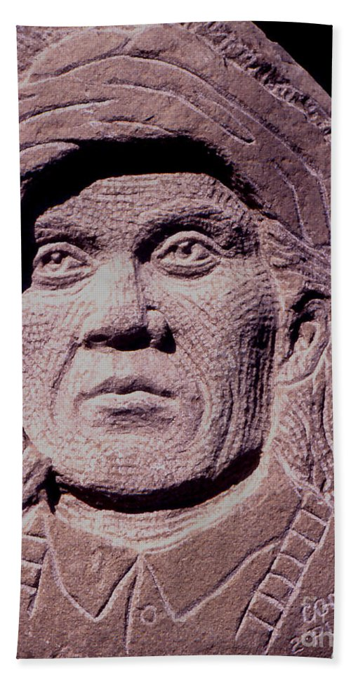 American Indians Hand Towel featuring the sculpture Chief-cochise-2 by Gordon Punt
