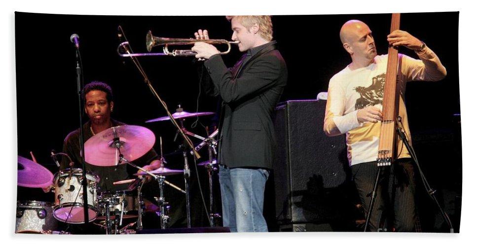 Trumpeter Bath Sheet featuring the photograph Chris Botti by Concert Photos