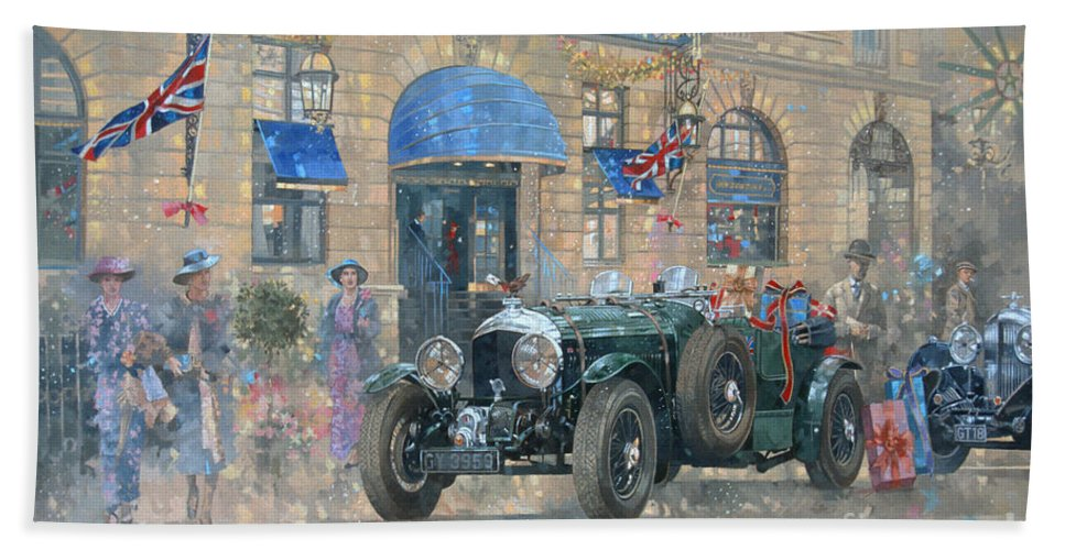 Rolls Royce Bath Towel featuring the painting Christmas At The Ritz by Peter Miller
