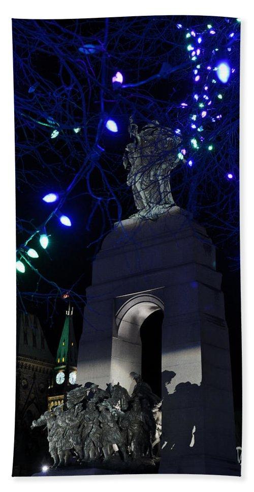 Parliament Hill Bath Sheet featuring the photograph Christmas At The War Memorial by Joshua McCullough