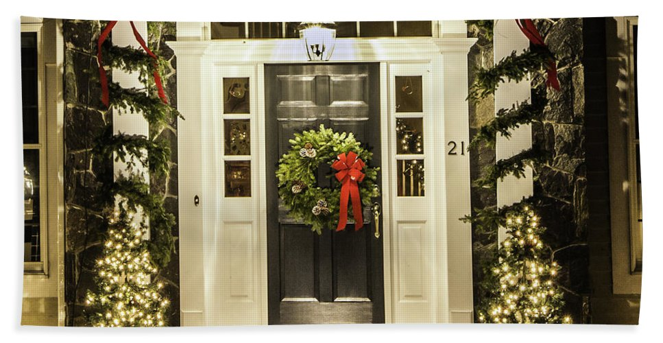 Christmas Lights Bath Sheet featuring the photograph Christmas Door 2 by Betty Denise