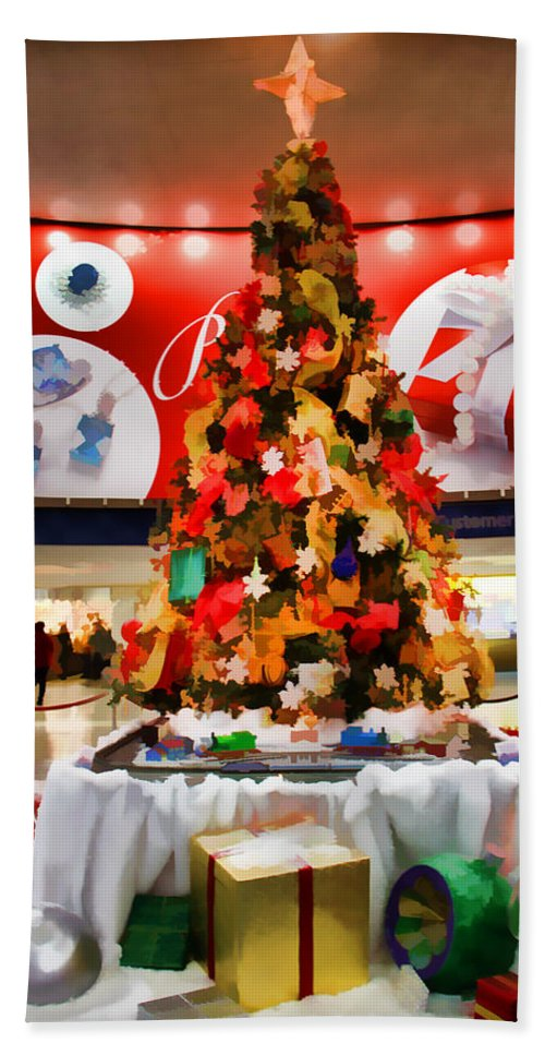 Christmas Tree Amtrak Train Station Presents Decorations Bath Sheet featuring the photograph Christmas In The Train Station by Alice Gipson