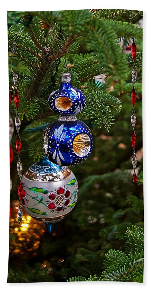 Christmas Hand Towel featuring the photograph Christmas Bling #7 by Rich Walter