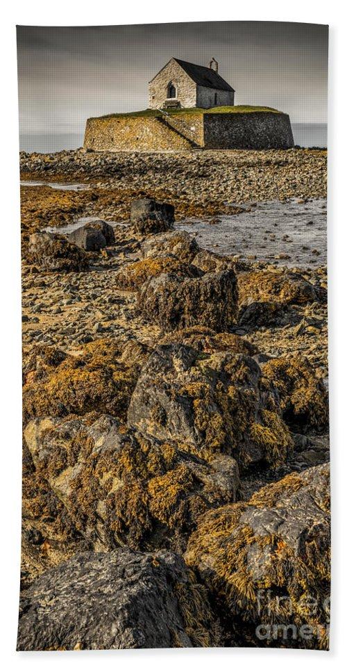 Aberffraw Bath Sheet featuring the photograph Church By The Rocks by Adrian Evans
