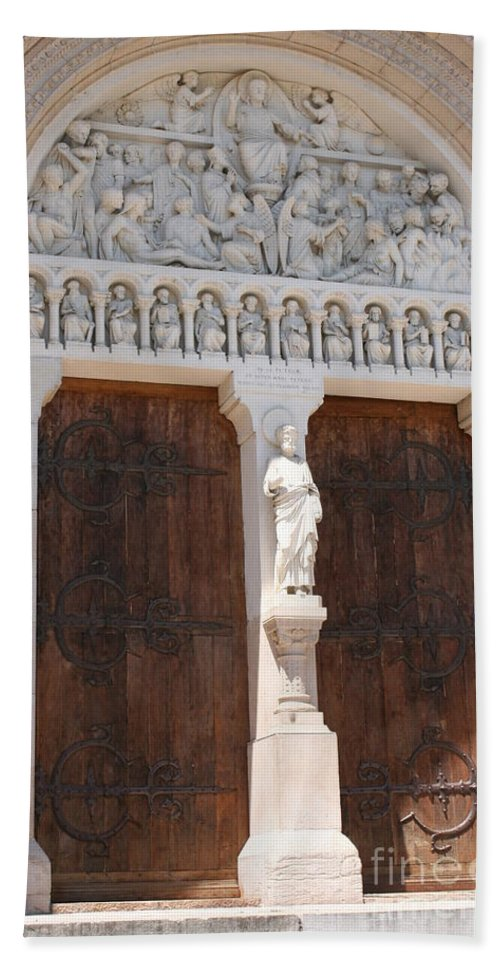 Church Hand Towel featuring the photograph Churchdoor - Saint Peter - Macon by Christiane Schulze Art And Photography