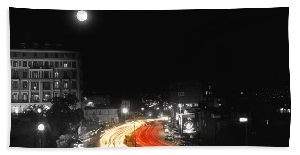 Cityscape Hand Towel featuring the photograph City And The Moon by Zapista