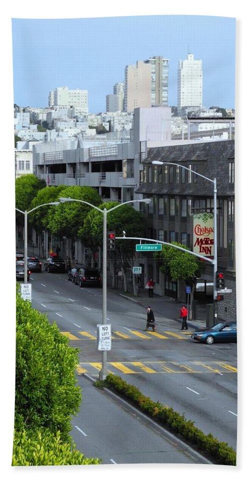 San Francisco Bath Sheet featuring the photograph City View by Sue McElligott