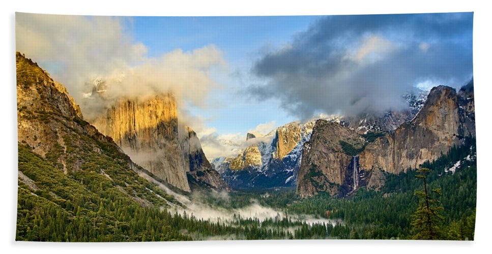 Yosemite Bath Sheet featuring the photograph Clearing Storm - Yosemite National Park From Tunnel View. by Jamie Pham