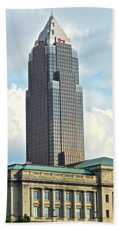 Cleveland Bath Sheet featuring the photograph Cleveland Key Bank Building by Frozen in Time Fine Art Photography