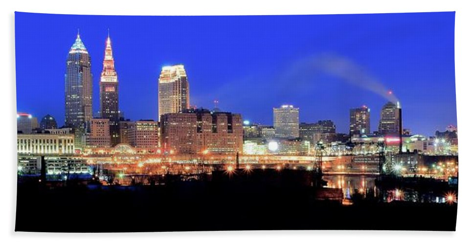 Cleveland Bath Sheet featuring the photograph Cleveland Panoramic   by Frozen in Time Fine Art Photography