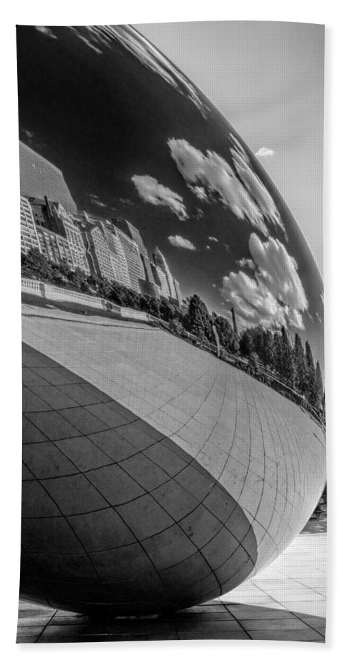Chicago Hand Towel featuring the photograph Cloud Gate Teardrop Black And White by Christopher Arndt