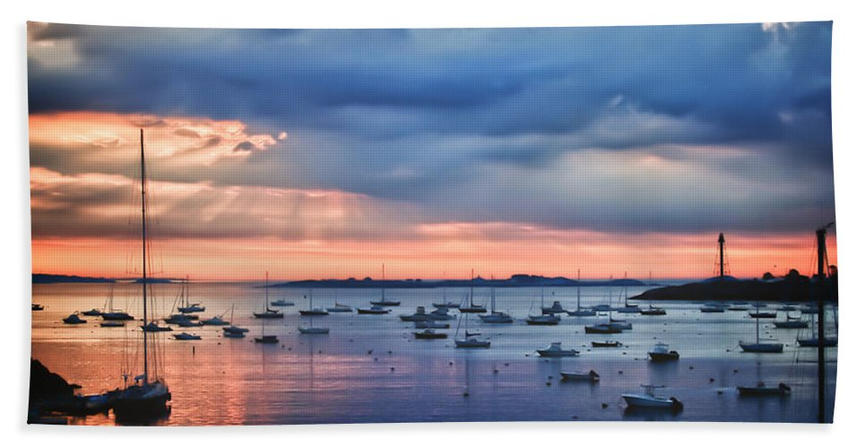 Dramatic Morning Clouds Bath Sheet featuring the photograph Cloudy Sunrise by Jeff Folger