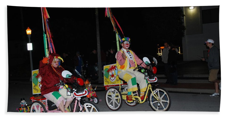 Edison Parade Of Lights 2013 Bath Sheet featuring the photograph Clowns On Bikes by Robert Floyd