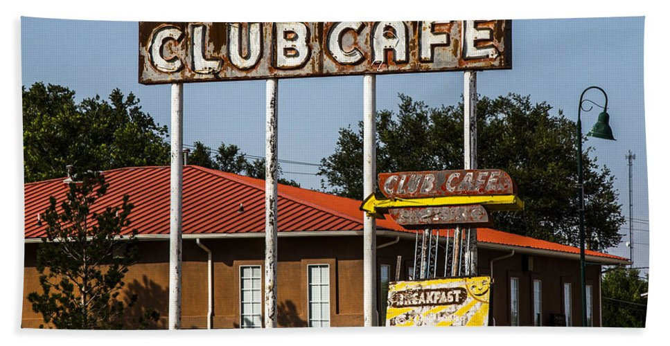 Route 66 Hand Towel featuring the photograph Club Cafe by Angus Hooper Iii