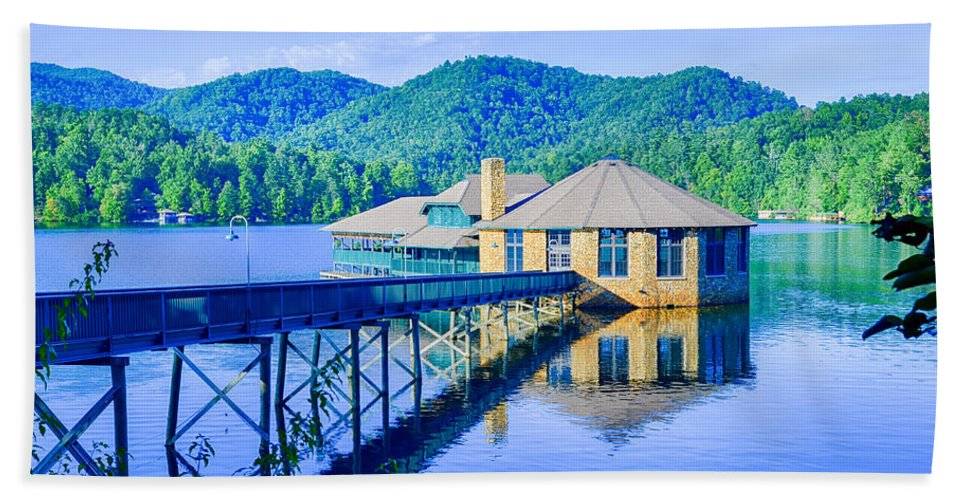 Club Bath Sheet featuring the photograph Clubhouse On Lake Tahoma by Alex Grichenko