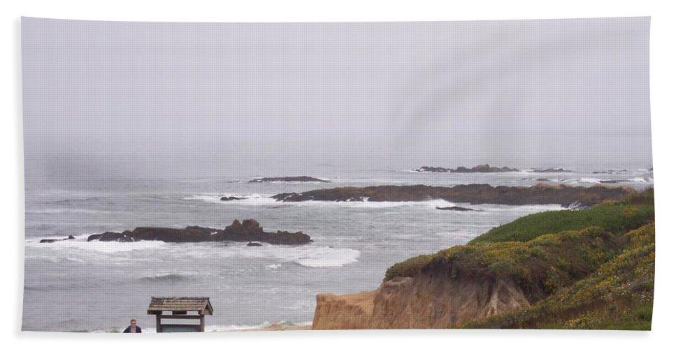 Coast Bath Towel featuring the photograph Coastal Scene 7 by Pharris Art