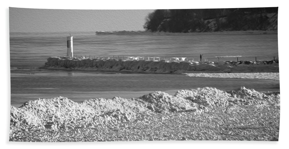 Irondequoit Pier Hand Towel featuring the photograph Cold Day On The Pier by Tracy Winter
