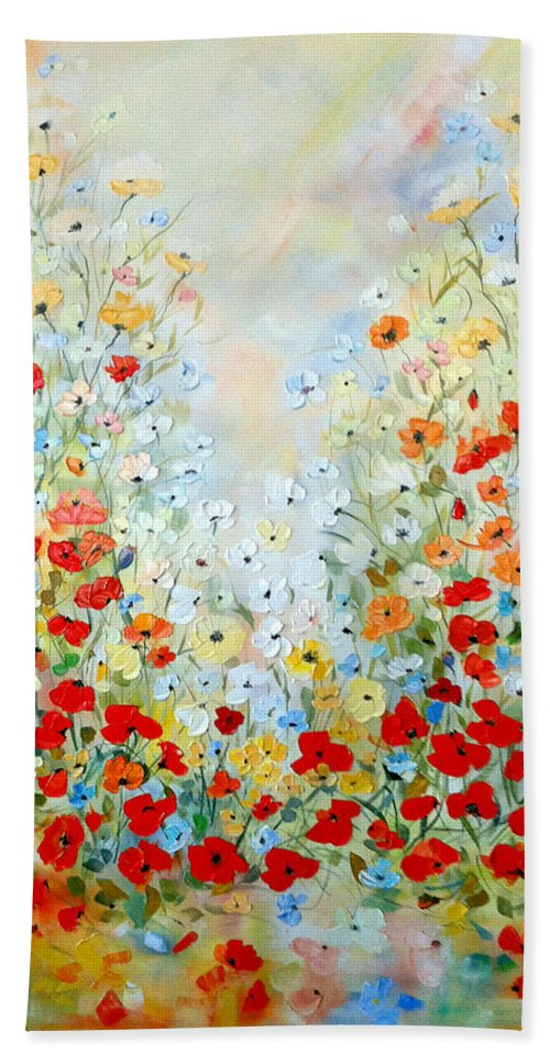 Field Bath Sheet featuring the painting Colorful Field Of Poppies by Dorothy Maier