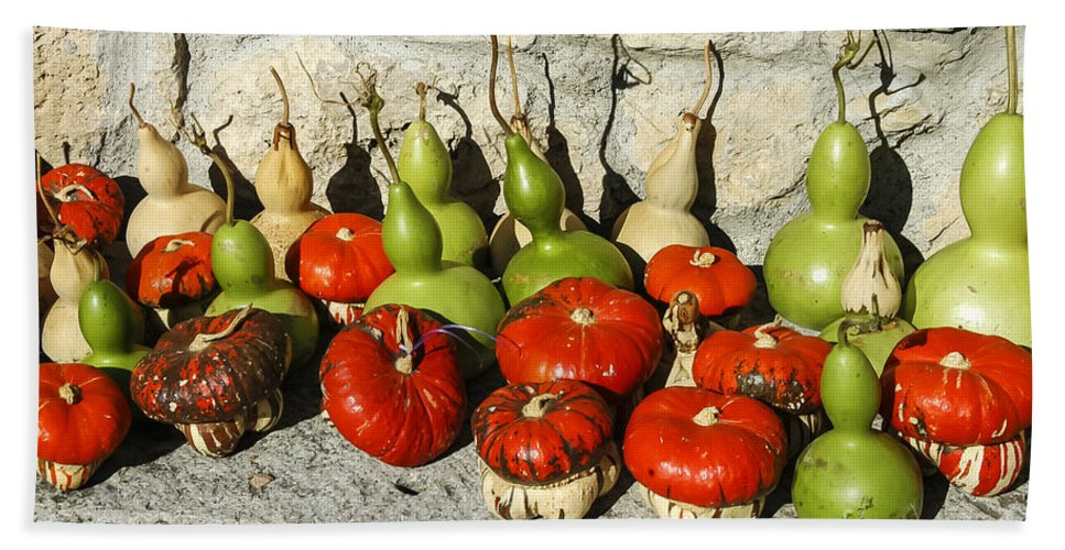 Street Market Streets Markets Gourd Gourds Yoruk Village Safranbolu Turkey Odds And Ends Bath Sheet featuring the photograph Colorful Gourds by Bob Phillips