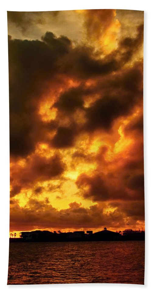 Offatts Bayou Hand Towel featuring the photograph Colorful Sunset by Robert Brown