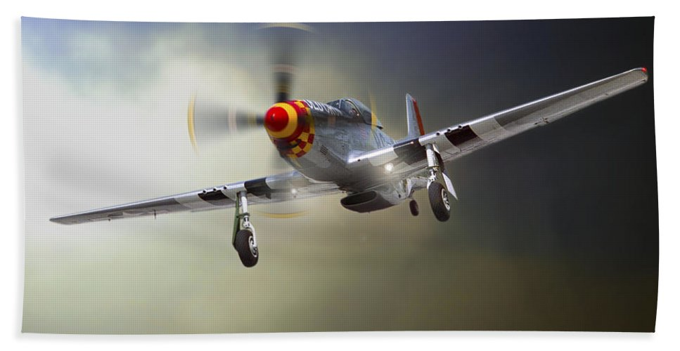Mustang Bath Sheet featuring the photograph Comin' Home by Craig Purdie