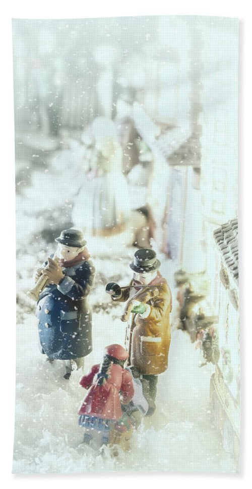 Christmas Village Bath Sheet featuring the photograph Concert In The Snow by Caitlyn Grasso