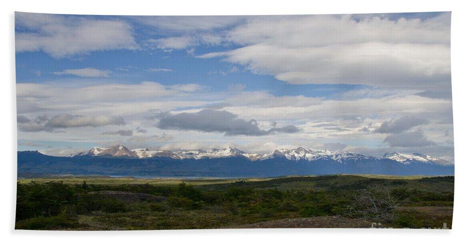 Cordillera Moore Bath Sheet featuring the photograph Cordillera Moore by Ralf Broskvar