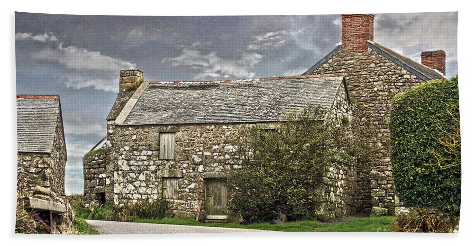 Granite Hand Towel featuring the photograph Cornish Farm by Terri Waters
