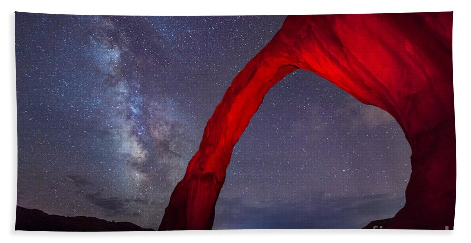 Sunset Bath Sheet featuring the photograph Corona Arch Milk Way Red Light by Michael Ver Sprill