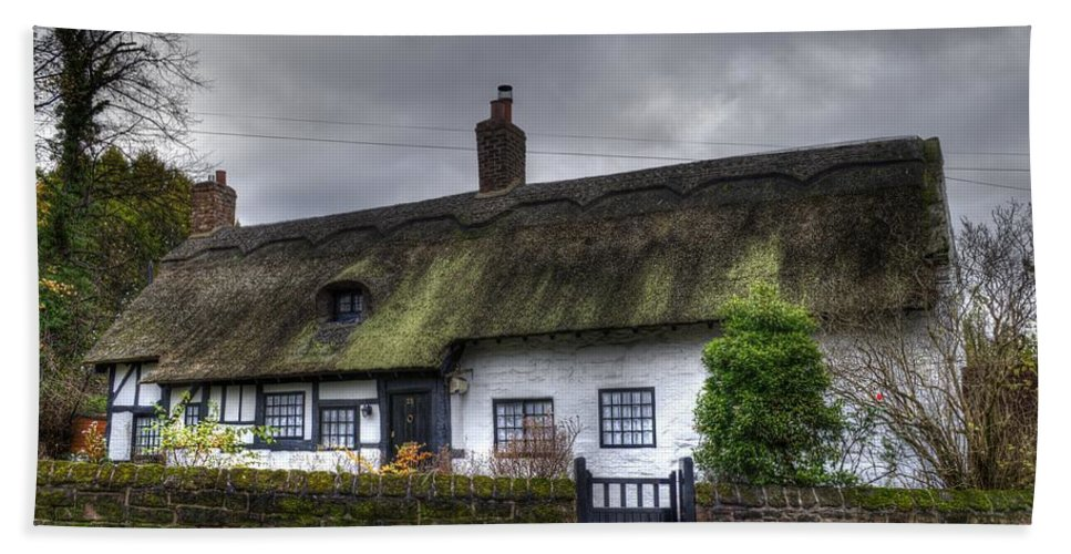Thatch Cottage Hand Towel featuring the photograph Cottage 4 by Spikey Mouse Photography