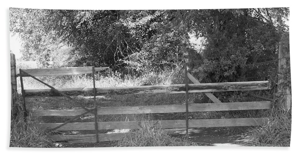 Fence Bath Sheet featuring the photograph Country Fence by Stephanie Hanson