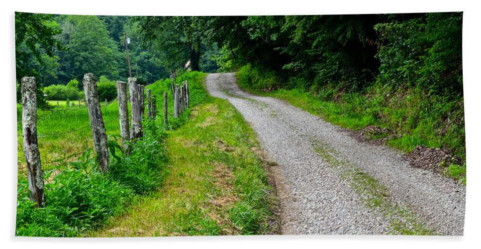 Country Hand Towel featuring the photograph Country Road by Frozen in Time Fine Art Photography