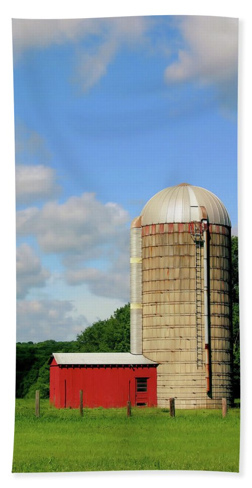 Farm Bath Sheet featuring the photograph Country Silo by Karol Livote