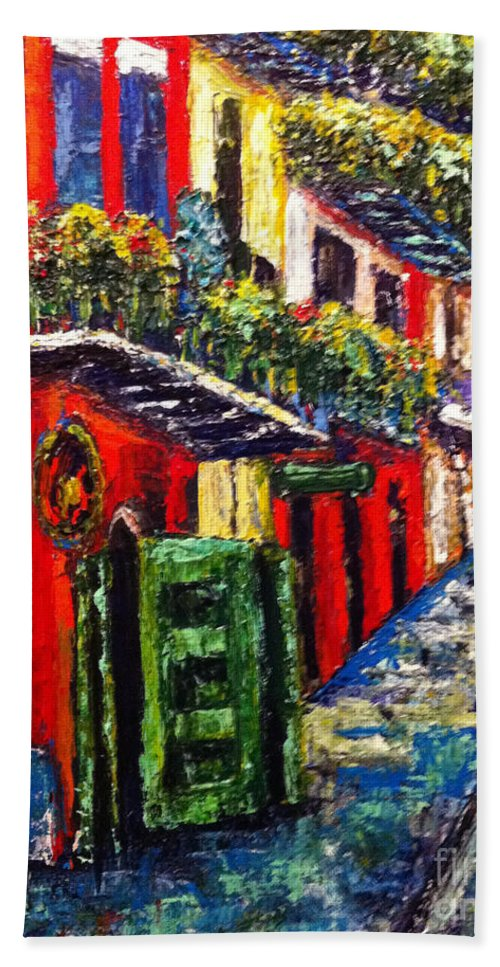 Cityscape Hand Towel featuring the painting Couple In Pirate's Alley by Beverly Boulet