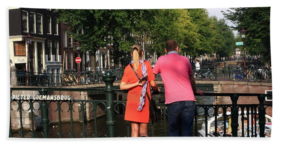 Amsterdam Hand Towel featuring the photograph Couple On The Bridge by Aidan Moran