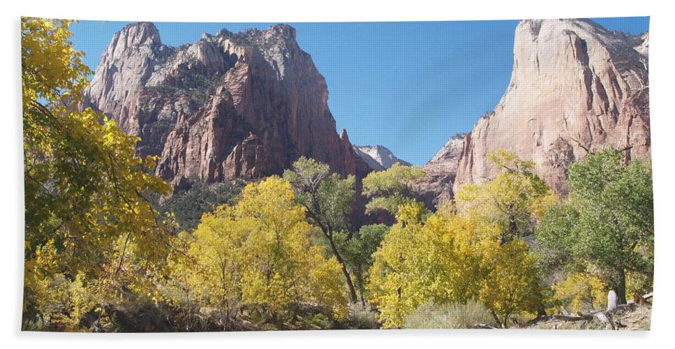 Landscape Hand Towel featuring the photograph Court Of The Patriarchs by Alex Cassels