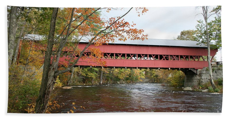 Covered Bridge Hand Towel featuring the photograph Covered Bridge Over Swift River by Christiane Schulze Art And Photography