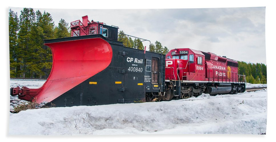 Canadian Pacific Hand Towel featuring the photograph Cp Rail Plow by Guy Whiteley