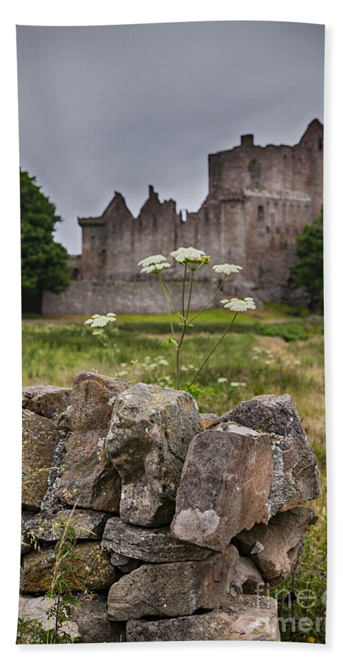 Old Hand Towel featuring the photograph Craigmillar Castle Ruin by Sophie McAulay