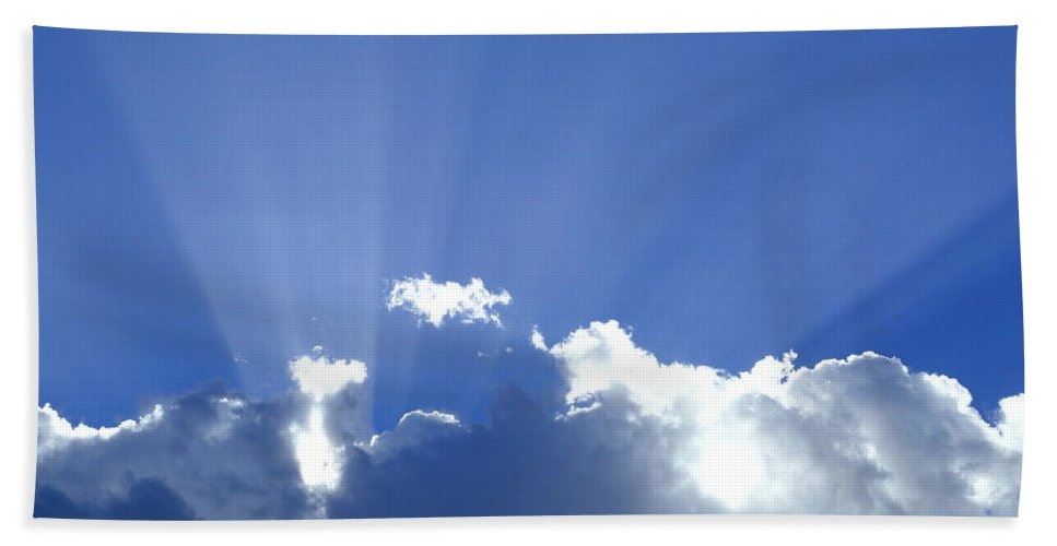 Crepuscular Rays Hand Towel featuring the photograph Crepuscular Rays 2am-005269 by Andrew McInnes