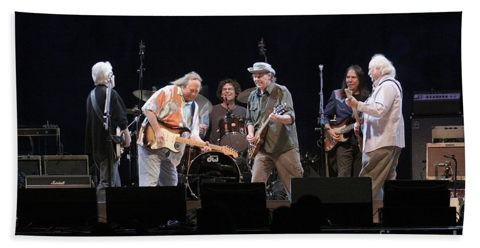 Musicians Bath Sheet featuring the photograph Crosby Stills Nash And Young by Concert Photos