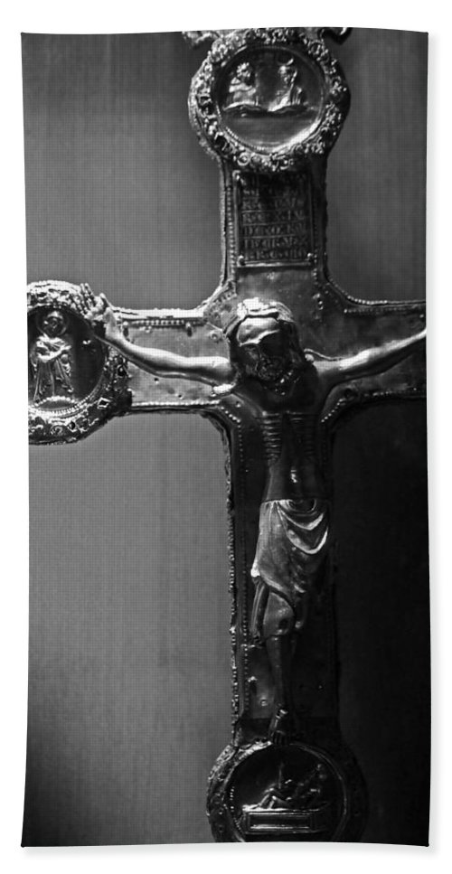 Crucifix Hand Towel featuring the photograph Crucifix Illuminated by Michael Saunders