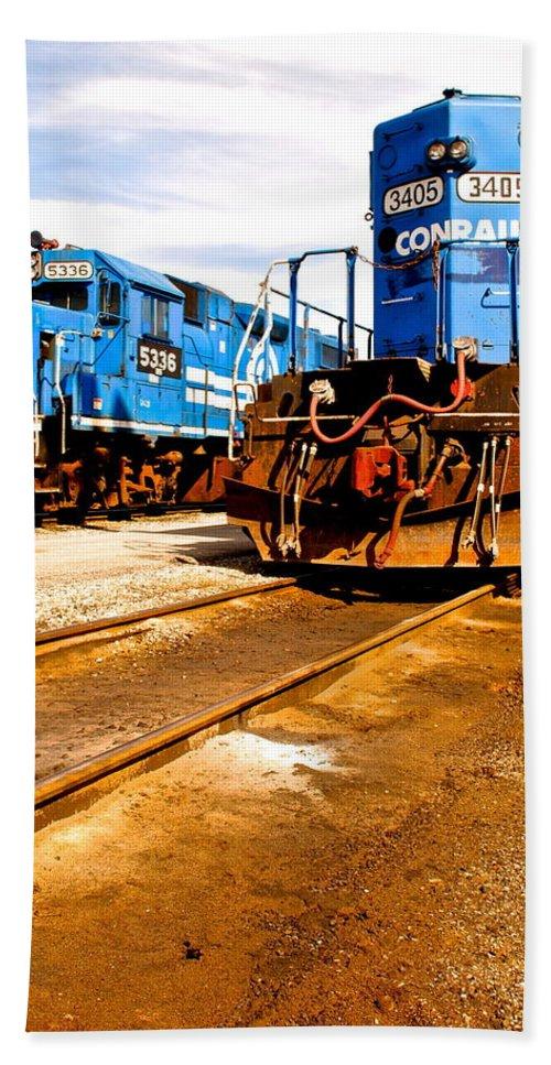 Csx Bath Sheet featuring the photograph Csx Railroad by Frozen in Time Fine Art Photography