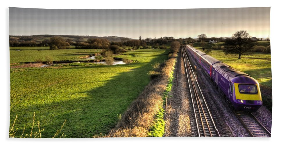 Rewe Hand Towel featuring the photograph Culm Valley Hst by Rob Hawkins