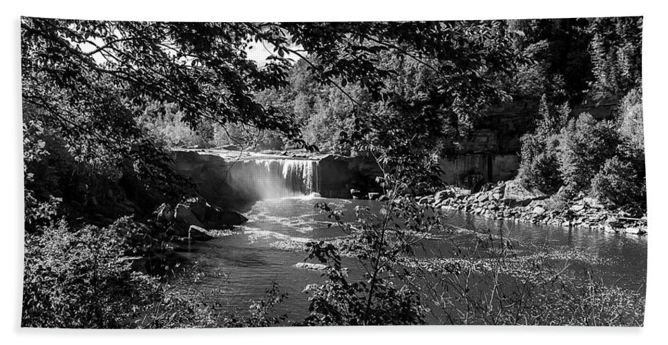 Landscape Hand Towel featuring the photograph Cumberland Falls Black And White by Ken Frischkorn