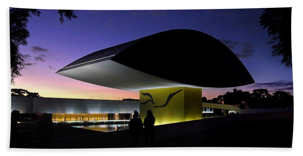All Bath Sheet featuring the photograph Curitiba - Museu Oscar Niemeyer by Carlos Alkmin