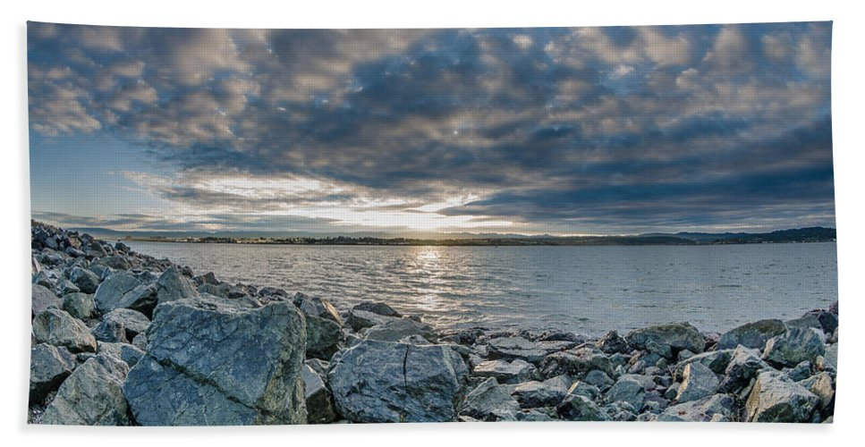 Sunrise Hand Towel featuring the photograph Curve Off The Bay by Greg Nyquist