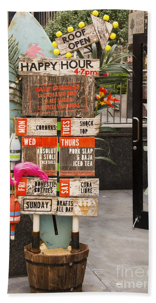 Sign Signs Bar Bars Restaurant Restaurants New York City Cities Cityscape Cityscapes Odds And Ends Bath Sheet featuring the photograph Daily Drinking Hole by Bob Phillips