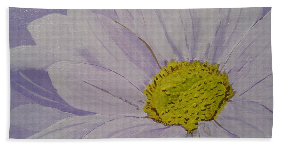 Daisy Hand Towel featuring the painting Daisy by Anthony Dunphy
