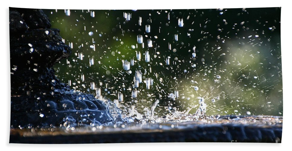 Outdoors Bath Sheet featuring the photograph Dancing Droplets by Susan Herber